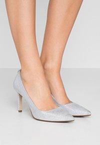 MICHAEL Michael Kors - DOROTHY FLEX  - High heels - silver - 0