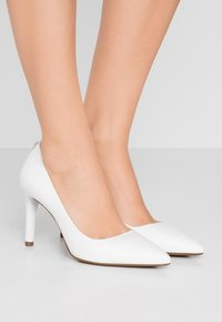 MICHAEL Michael Kors - DOROTHY FLEX - Hoge hakken - optic white - 0