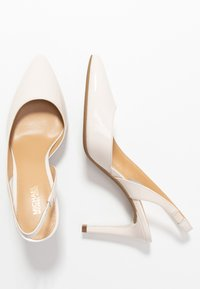 MICHAEL Michael Kors - LUCILLE FLEX SLING - Szpilki - light cream - 3