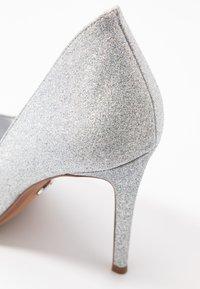 MICHAEL Michael Kors - KEKE  - Zapatos altos - silver - 2