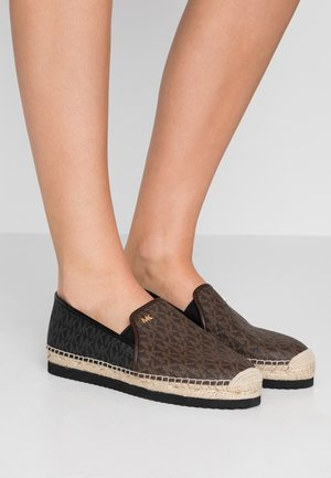 HASTINGS  - Espadrilky - brown/black