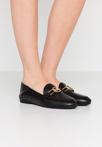 MICHAEL Michael Kors - TRACEE LOAFER - Instappers - black - 0