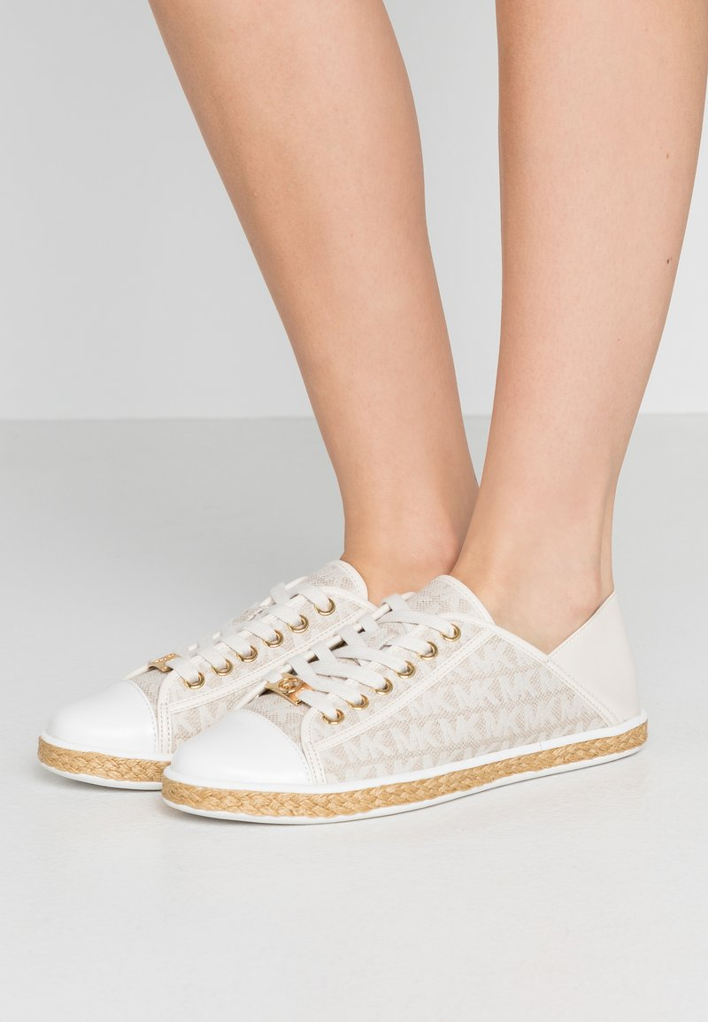 MICHAEL Michael Kors - KRISTY - Espadrilles - optic/ivory