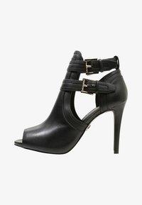 MICHAEL Michael Kors - Kotníková obuv na vysokém podpatku - black - 1