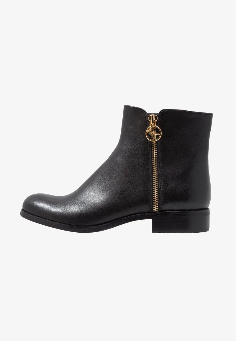 MICHAEL Michael Kors - JAYCIE FLAT BOOTIE - Støvletter - black
