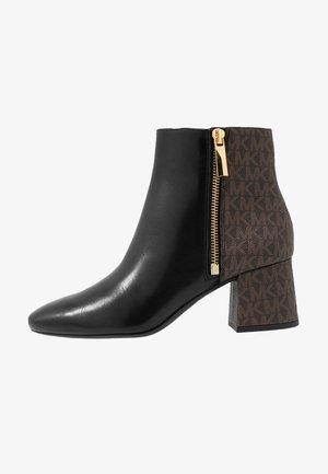 ALANE FLEX BOOTIE - Ankle boot - black/brown