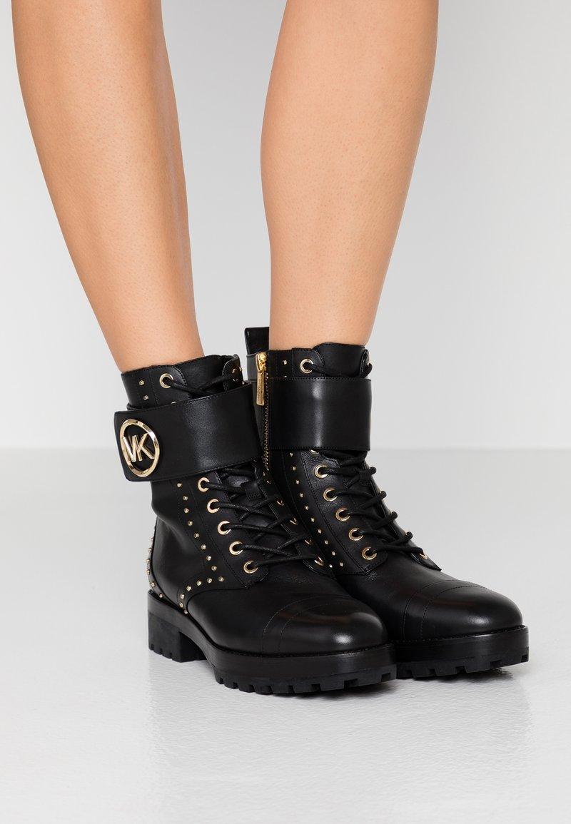 MICHAEL Michael Kors - TATUM BOOT - Cowboystøvletter - black