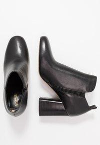 MICHAEL Michael Kors - DIXON BOOTIE - Bottines à talons hauts - black - 3