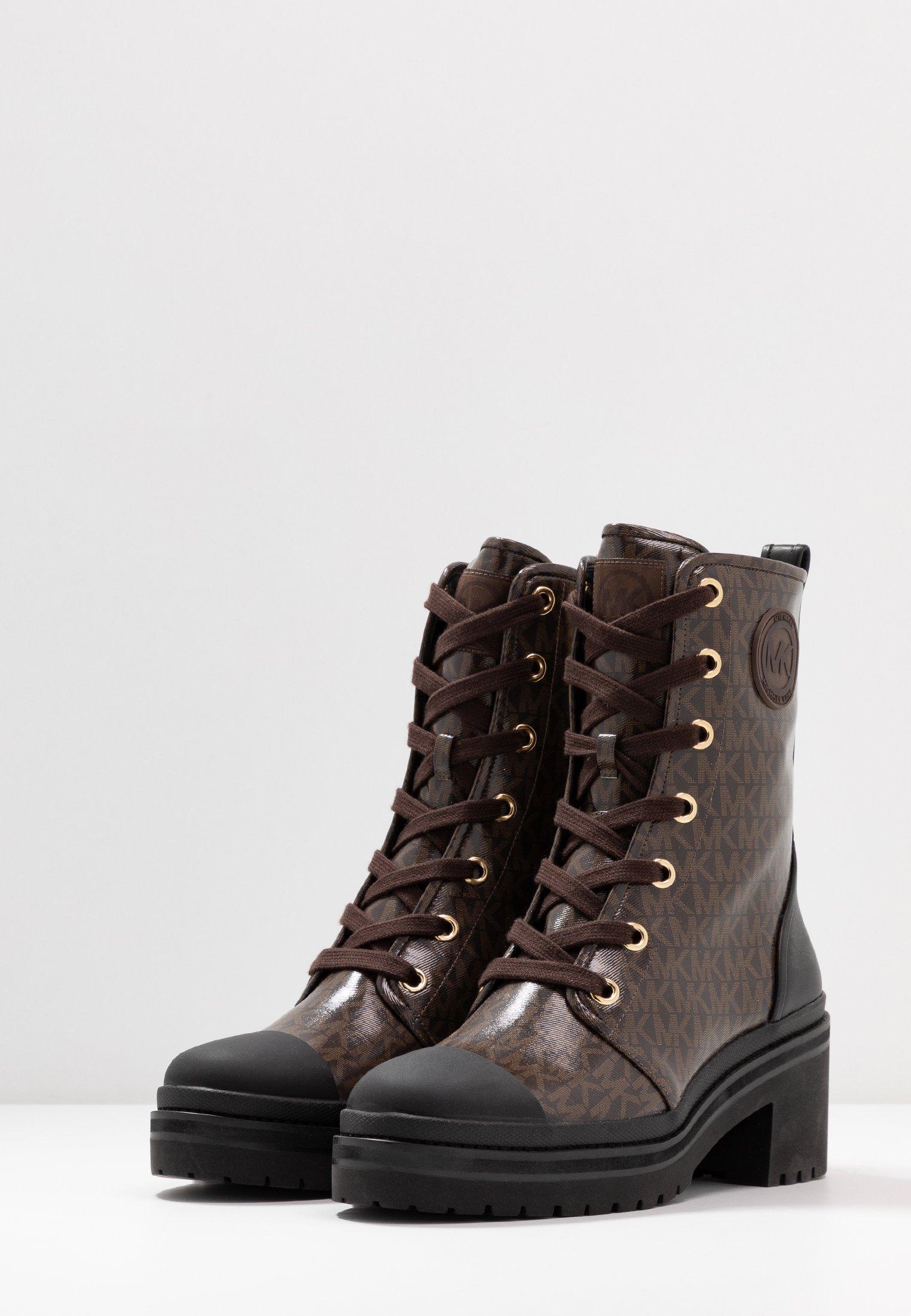 MICHAEL Michael Kors COREY BOOTIE - Plateaustøvletter - brown