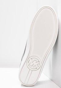 MICHAEL Michael Kors - KEATON KILTIE - Sneaker low - black - 6
