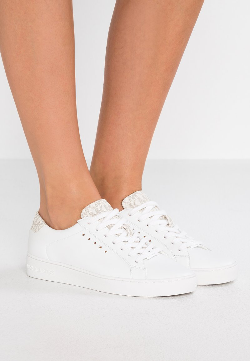 MICHAEL Michael Kors - IRVING - Sneakers laag - optic white/vanilla
