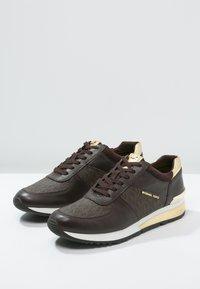 MICHAEL Michael Kors - ALLIE - Sneakers - brown - 2