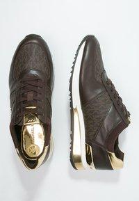 MICHAEL Michael Kors - ALLIE - Sneakers - brown - 3