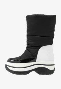 MICHAEL Michael Kors - GAMMA BOOTIE - Zimní obuv - black/optic white - 1