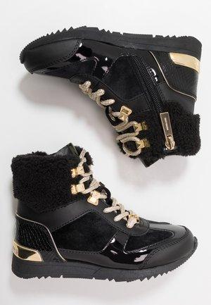 ZIA ALLIE DONATAS - Sneakers hoog - black