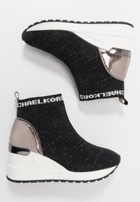 MICHAEL Michael Kors - ZIA NEO ORA - Zapatillas altas - black - 0