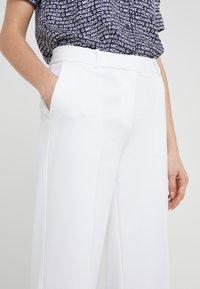 MICHAEL Michael Kors - STRAIGHT - Trousers - white - 4