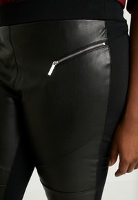 MICHAEL Michael Kors - MOTO - Leggings - black - 6