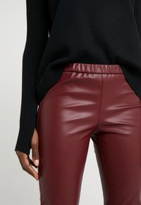 MICHAEL Michael Kors - Legging - dark brandy - 4
