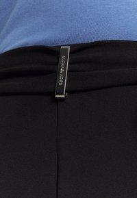 MICHAEL Michael Kors - SPLIT BOW TIE LEGG - Spodnie materiałowe - black - 5