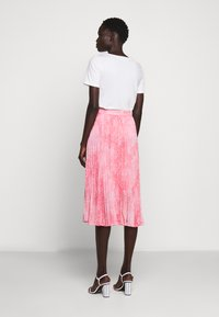 MICHAEL Michael Kors - PLEATED SKIRT - A-snit nederdel/ A-formede nederdele - geranium - 2