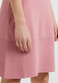 MICHAEL Michael Kors - FLAR DRESS - Strikket kjole - dusty rose - 3