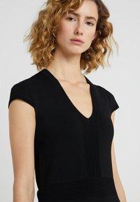MICHAEL Michael Kors - FLAR DRESS - Strikket kjole - black - 5