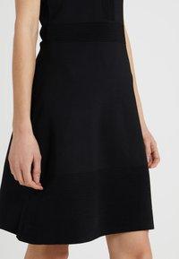 MICHAEL Michael Kors - FLAR DRESS - Strikket kjole - black - 3