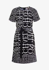 MICHAEL Michael Kors - RAGLAN DRESS - Denní šaty - black/white - 3