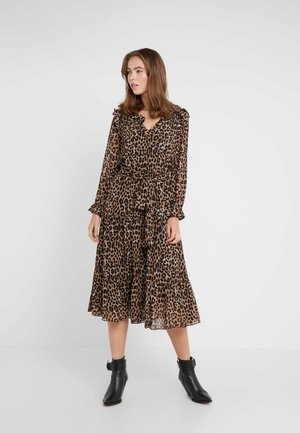 CHEETAH TIERED DRESS - Korte jurk - dark camel