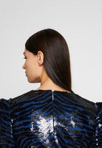MICHAEL Michael Kors - BENGAL  - Koktejlové šaty/ šaty na párty - black/twilight blue - 6
