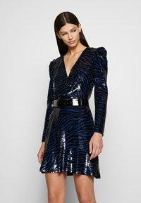 MICHAEL Michael Kors - BENGAL  - Koktejlové šaty/ šaty na párty - black/twilight blue - 2