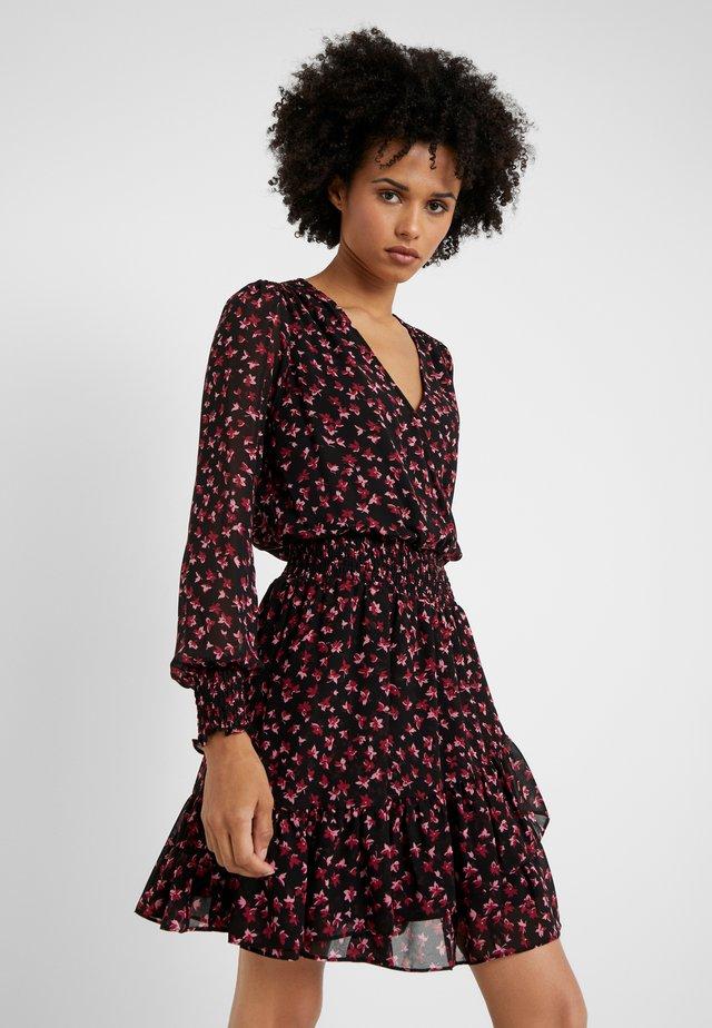 DRESS - Hverdagskjoler - berry