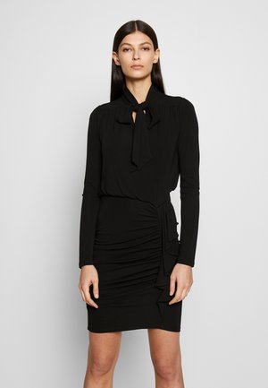 TIE NECK MINI DRESS - Pouzdrové šaty - black