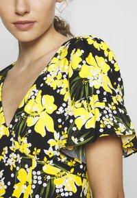MICHAEL Michael Kors - TROP SQN FLARE DRESS - Day dress - black/bright dandelion - 5
