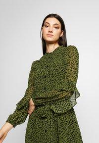 MICHAEL Michael Kors - DRESS - Day dress - black/evergreen - 4