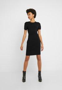 MICHAEL Michael Kors - Pouzdrové šaty - black - 0