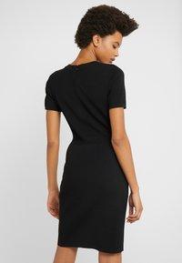 MICHAEL Michael Kors - Pouzdrové šaty - black - 2