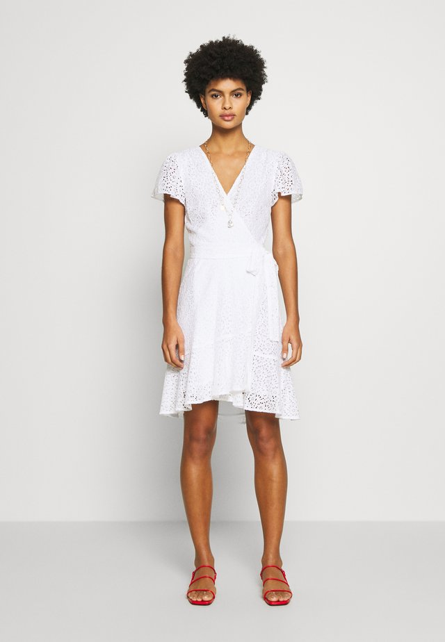 LACE WRAP DRESS - Vestido informal - white