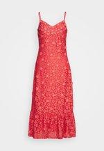 FLORAL DRESS - Vestito elegante - coral peach