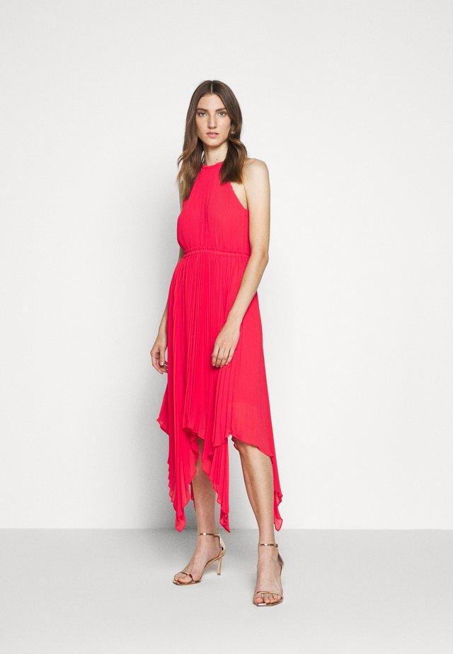 PLEATED HALTER DRESS - Suknia balowa - geranium
