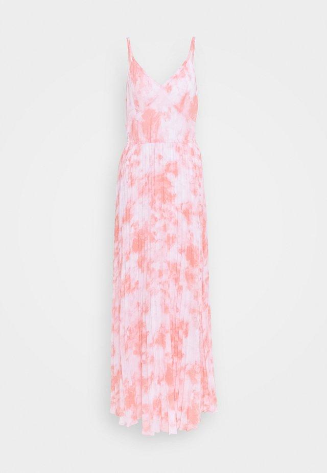 Suknia balowa - shell pink