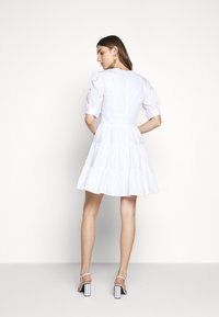 MICHAEL Michael Kors - V NECK PUFF DRESS - Korte jurk - white - 2