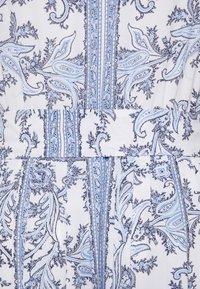 MICHAEL Michael Kors - HANDKERCHIEF HEM - Freizeitkleid - light blue - 6