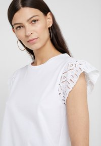 MICHAEL Michael Kors - T-shirt basique - white - 4