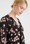 MICHAEL Michael Kors - NECK TIE - Bluser - black/pink