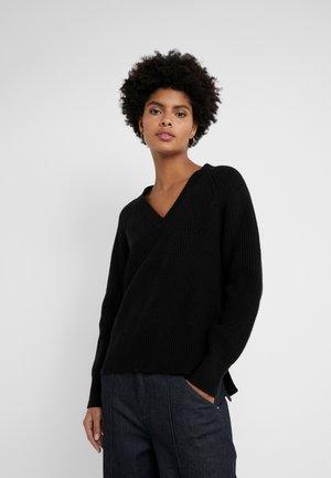 SHAKER  - Stickad tröja - black