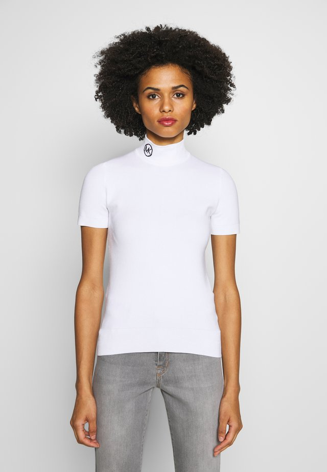 MOCK NECK LOGO TRIM TEE - Print T-shirt - white