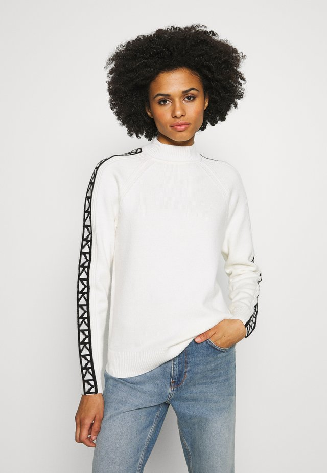 TRIM TURTLE NECK - Jumper - white