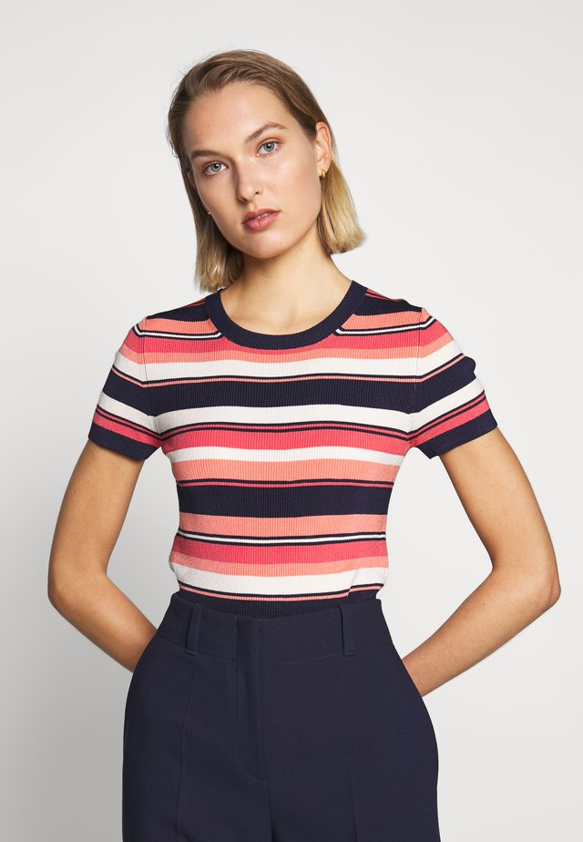 COURT STRIPE CROP - Print T-shirt - coral peach